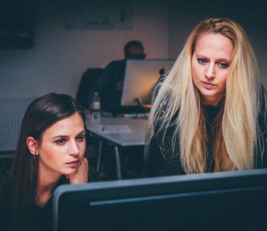 Czy outsourcing kadr jest dobry dla małych i średnich przedsiębiorstw?